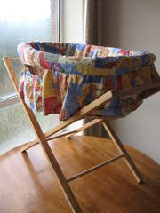 Moses basket with stand,  VGC,  30 EUR